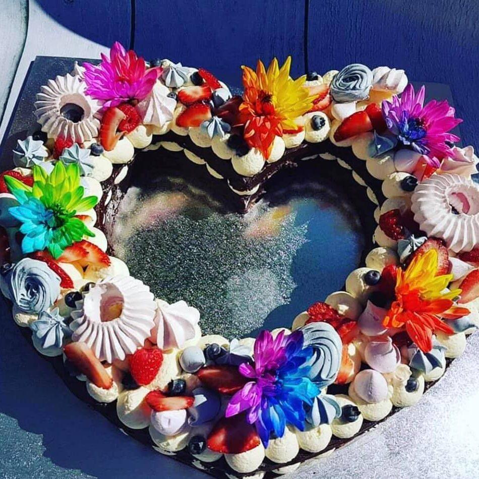 roceels-cake-floral